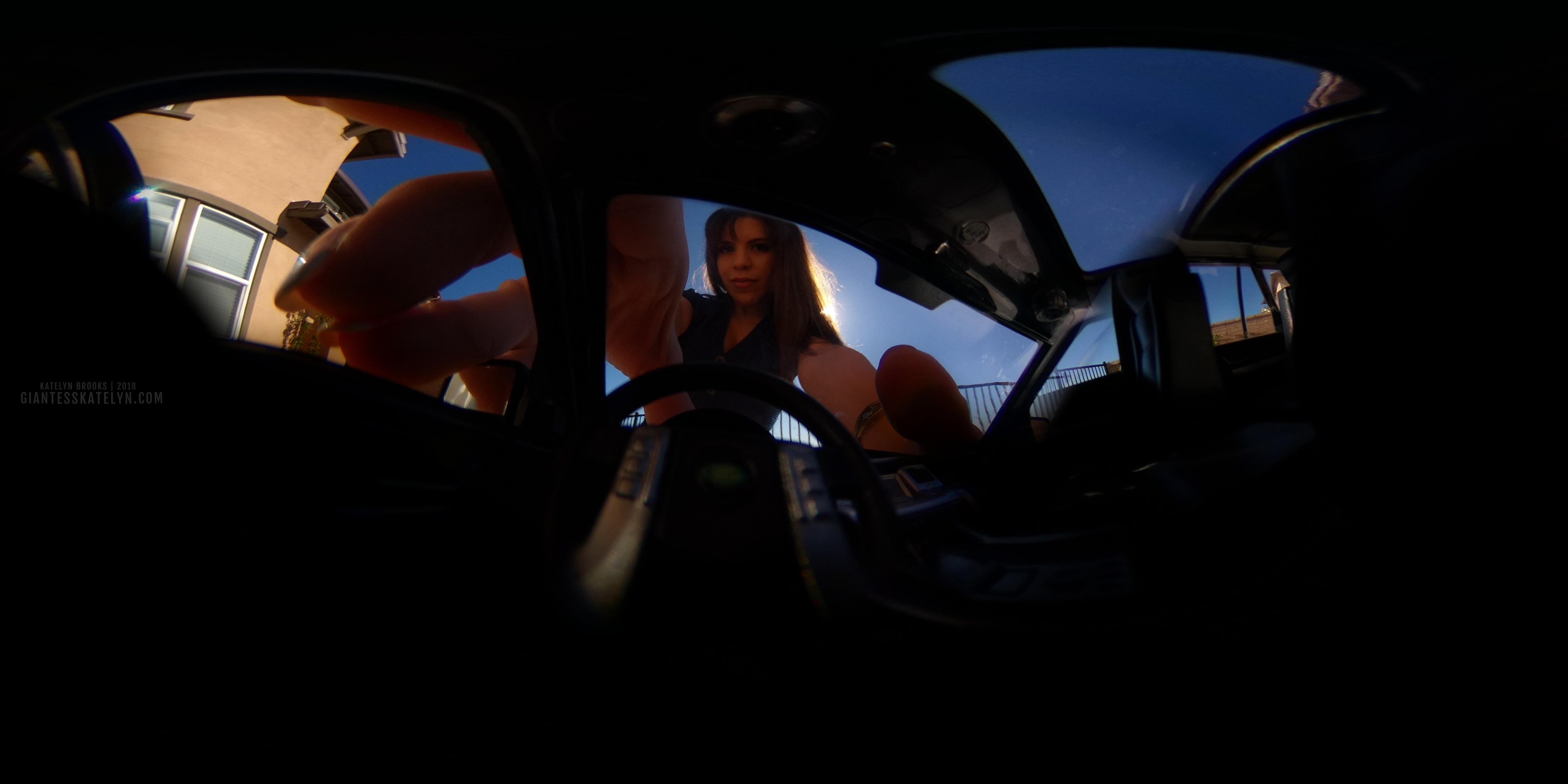 360-4k-vr-shrunken-man-pov-inside-car-02