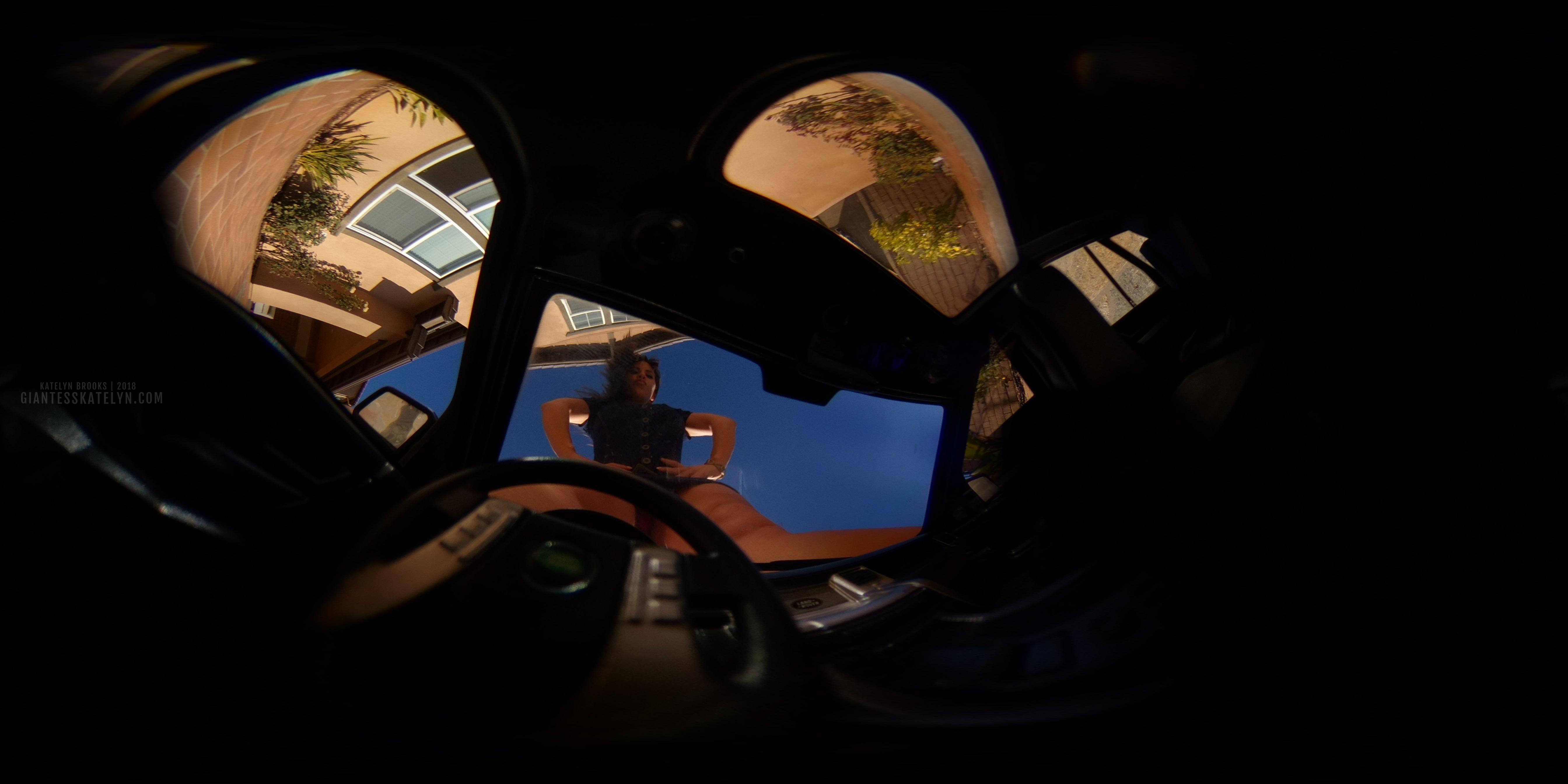 360-4k-vr-shrunken-man-pov-inside-car-03