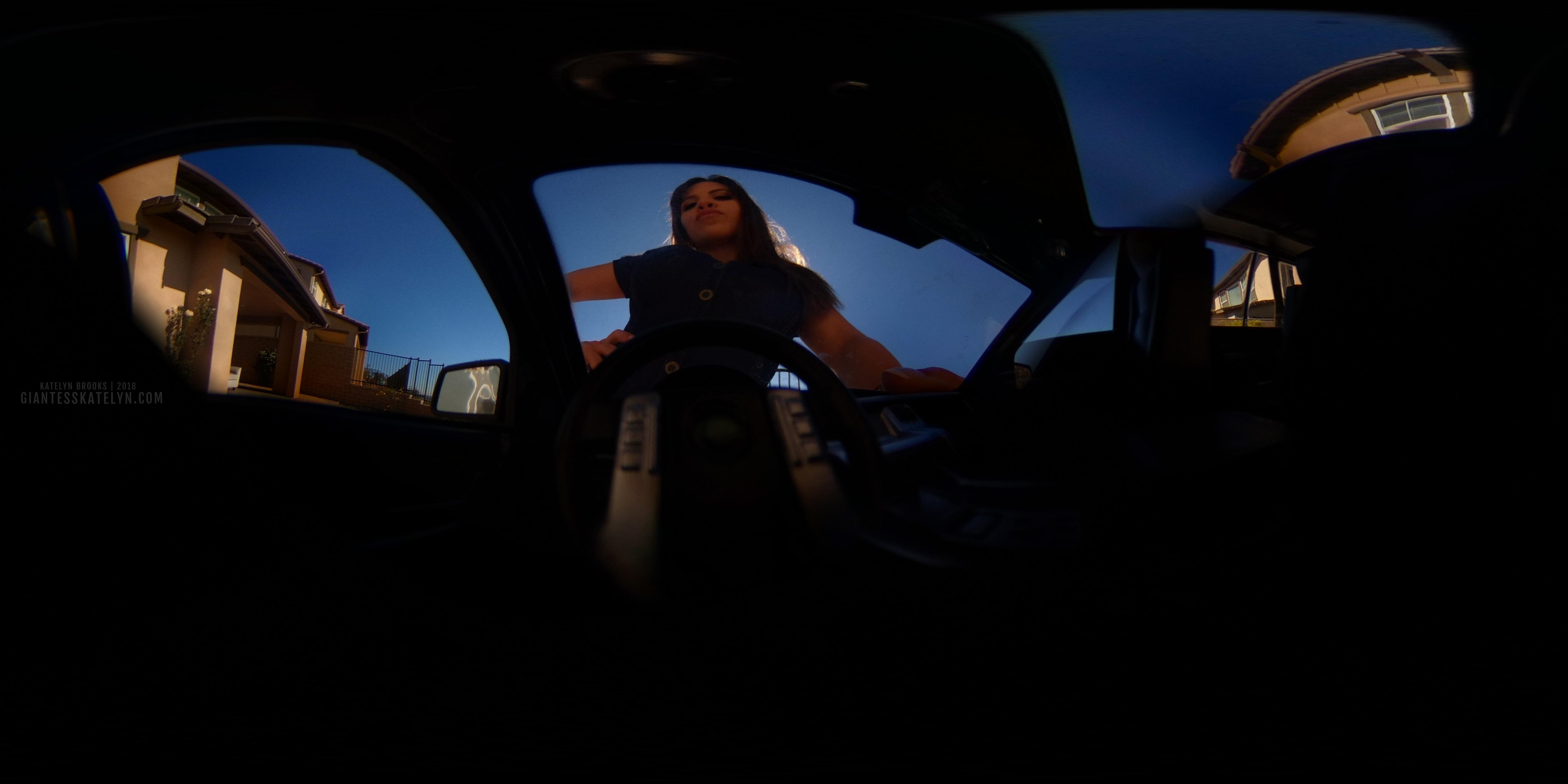 360-4k-vr-shrunken-man-pov-inside-car-22