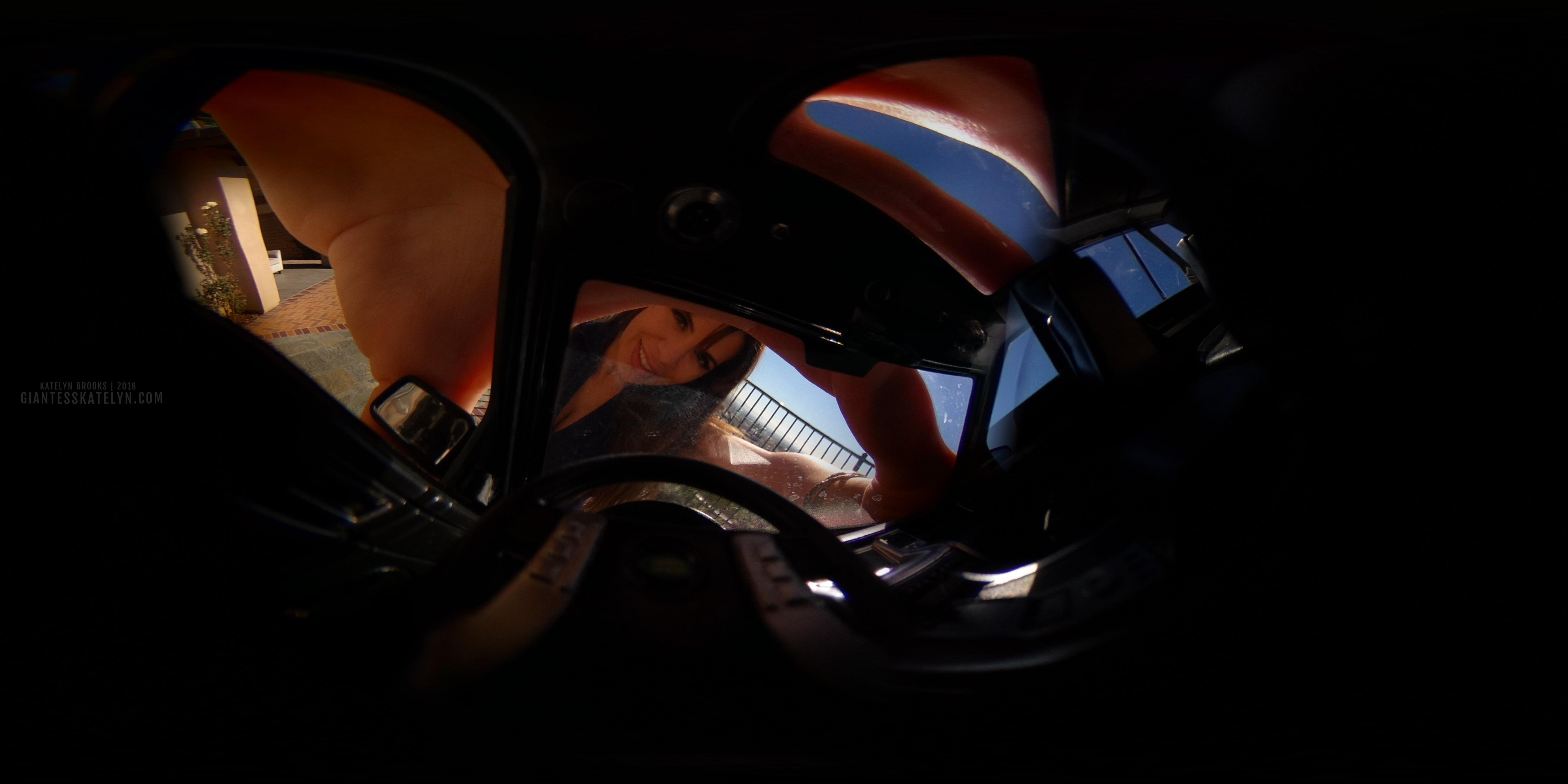 360-4k-vr-shrunken-man-pov-inside-car-23