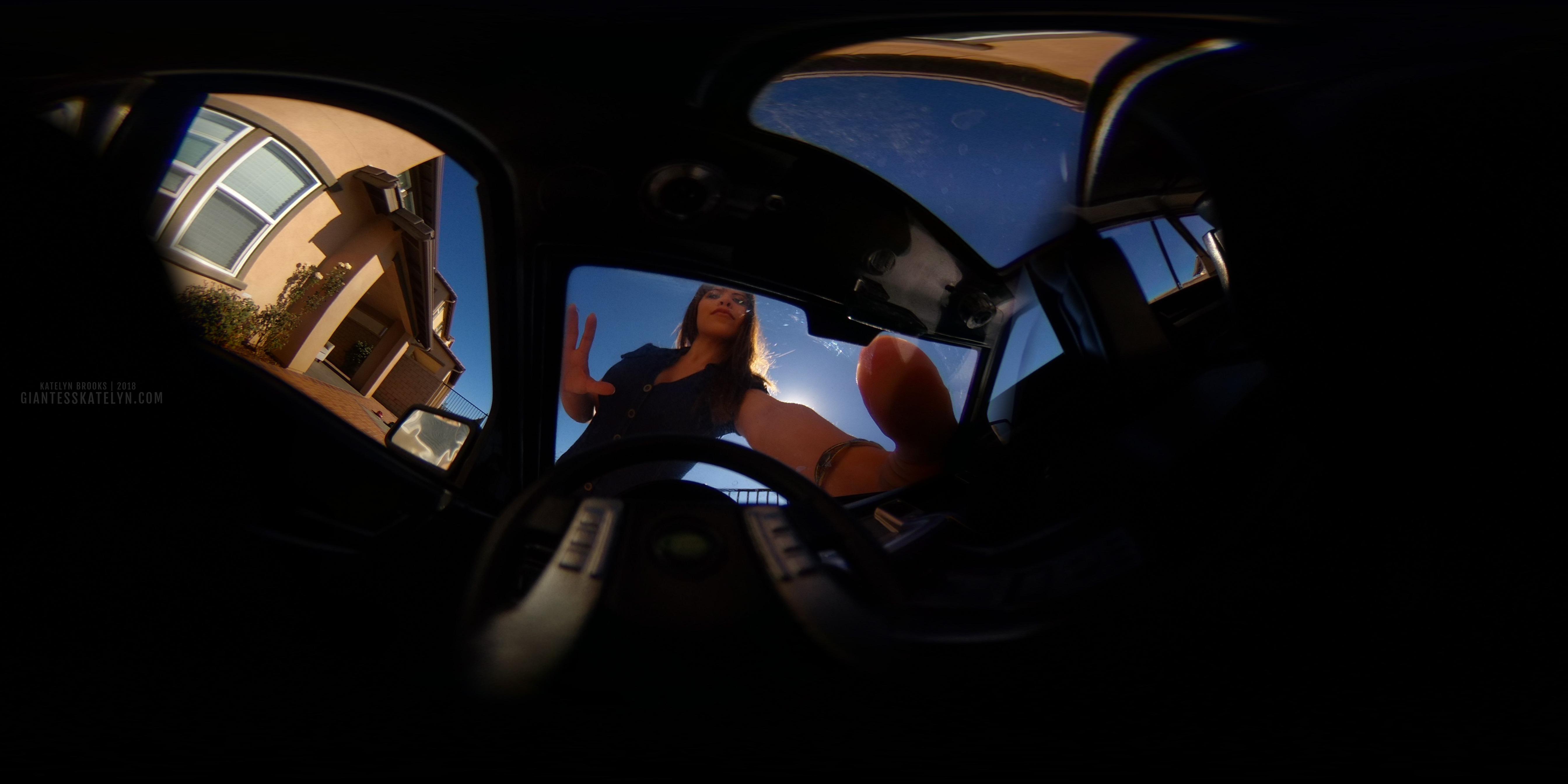 360-4k-vr-shrunken-man-pov-inside-car-24