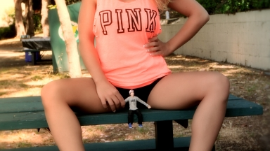 At_The_Park_with_Giantess_Katelyn-07