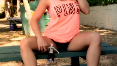 At_The_Park_with_Giantess_Katelyn-08