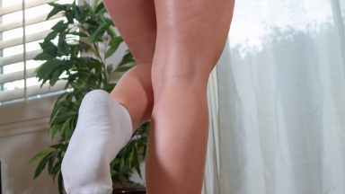 giantess-katelyn-2019-collage-material-in-socks-60