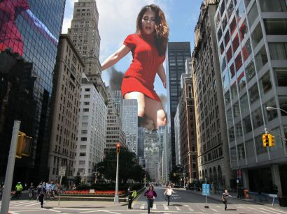 Katelyn_red_dress_towering_over_New_York_City