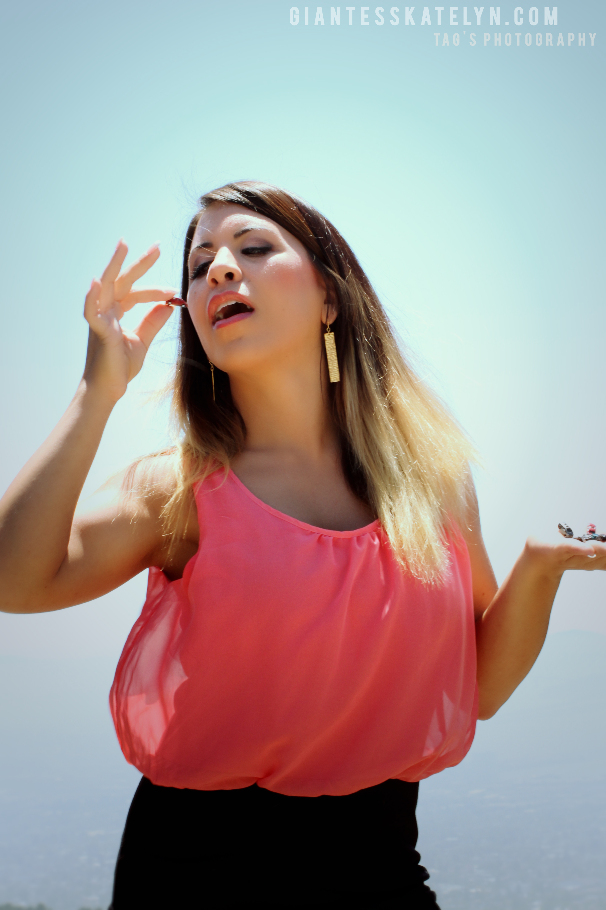 Forced_Perspective_Giantess_Playing_with_Cars-18